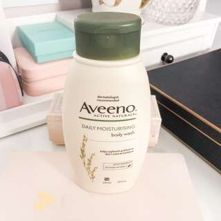 Authentic Aveeno daily moisturizing body wash 354ml