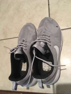 Nike Shoes Runners Joggers Sport