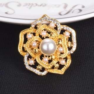 Hari Raya Gift - Vintage Style Crystals Imitation Pearl Elegant Collar Scarf Bag Pin Brooch