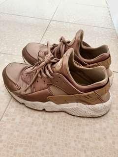 Nike shoes 26cm