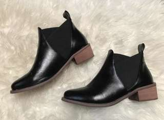 PU Leather Elastic Band Ankle Boots