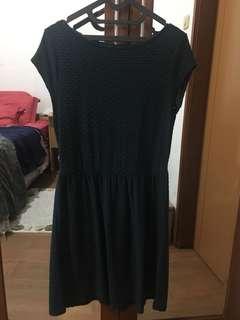 dress hijau lumut