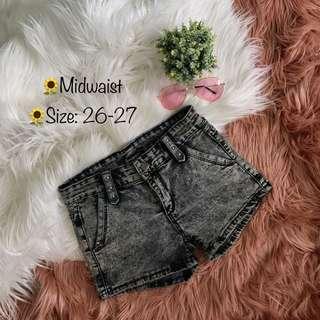 Midwaist