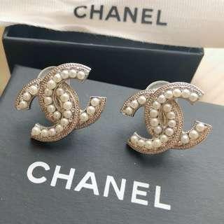 Chanel 夾耳式珍珠水鑽 耳環