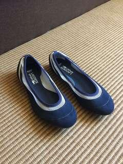 Original Lacoste shoes for women