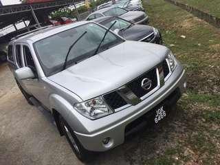 Nissan Navara 2.5 4X2 (A)