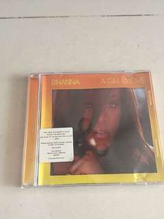 Selling Rihanna 'A Girl Like Me' CD