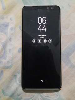 Selling my 2mos old Samsung A8 2018