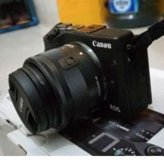 Canon EOS M3 Kit 15-45 STM Hitam Garansi Datascript