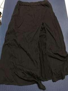 🚚 黑色開衩長裙