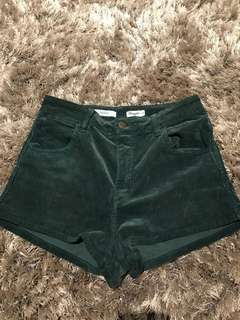 "WRANGLER ""Hi Cheeky"" Vintage Corduroy High-waisted shorts"