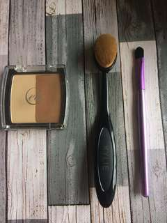 Contour palette with foundation brush and eyeshadow brush