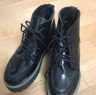 🚚 厚底鬆糕鞋