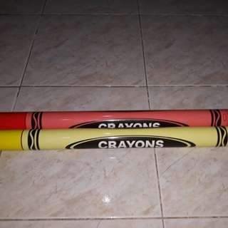 Coin bank crayon