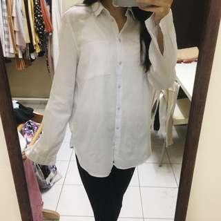 H&M shirt (light blue)