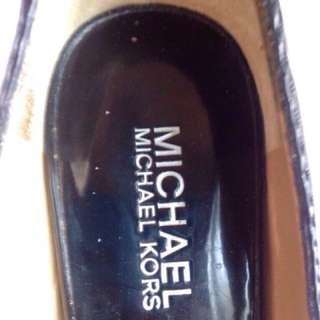 MICHAEL KORRS BLACK LEATHER OPEN TOES HEELS SIZE 5 1/2