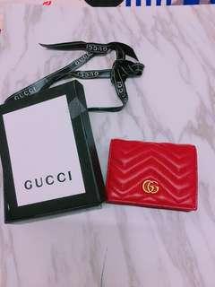 全新實拍Gucci marmont真皮波浪紋大紅短夾