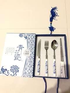 青花瓷 餐具