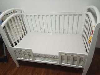 Bonbebe baby crib