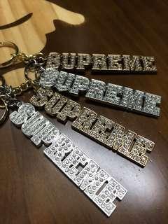 🔴 Supreme Block Logo Keychain ( HK AAA )
