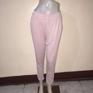AMERICAN EAGLE OUTFITTERS light pink gartered pants medium