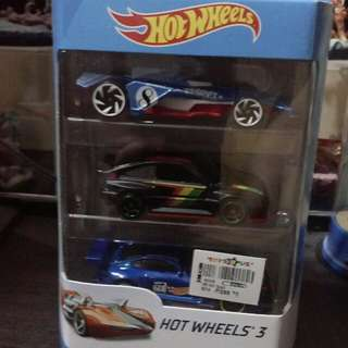 Hotwheels 3 piece pack