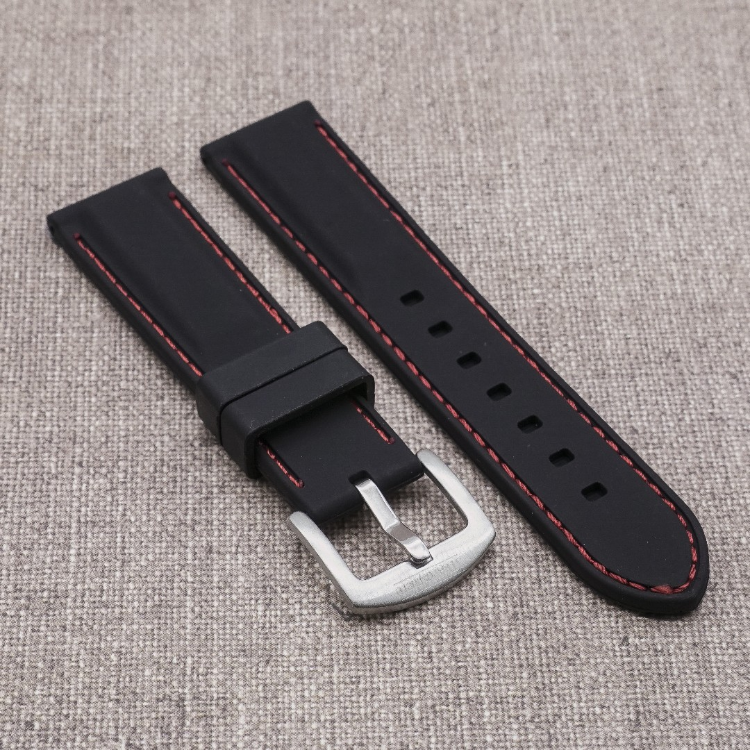 0bd70cbff00  20 22mm  BLACK with RED STITCH SILICONE STRAPOSTITCH STRAP