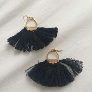 CUTEST EARRINGS