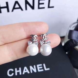 Chanel mini Earrings