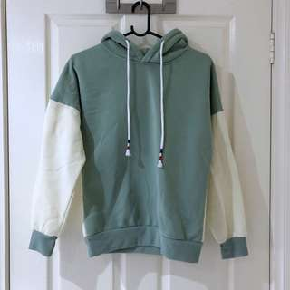 (XS/S) Two Tone Hoodie