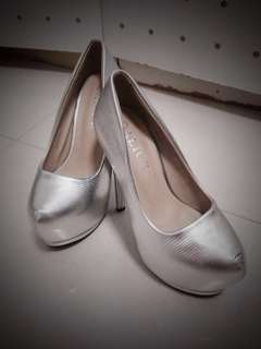 Gorgeous Silver Heels! 50% off!