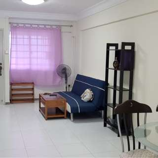 Blk 578 Ang Mo Kio 3NG 2+1 Unit For Rent 9 mins walk to AMK HUB and MRT New Toilets, new window grille and doors Living Room air con