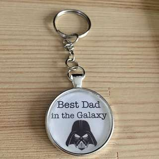 Best dad in the galaxy keychain (Includes NM)