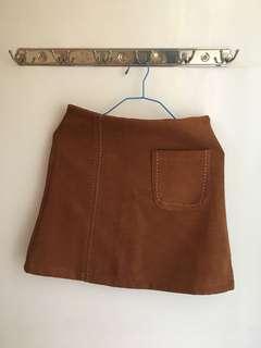 棕色A字裙