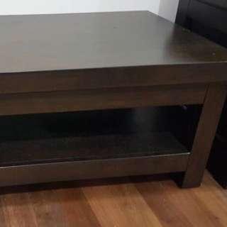 meja boleh untuk tv table or meja bilik tamu juga