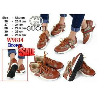 Sepatu sneakers sport running branded gucci