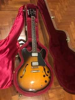 Gibson ES335 Electric guitar
