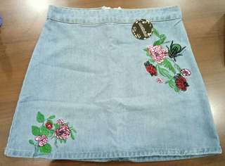 maong paLda with rose stitch