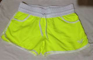 60% OFF! Roxy Neon beach short
