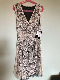 Small women's dress black and white lace new