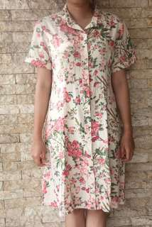 Dress Motif Flowery