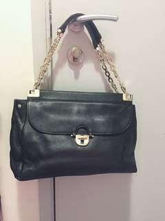 Tory Burch handbag leather 100%  authentic
