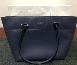 Kate Spade (with carecard and paperbag) - used only once