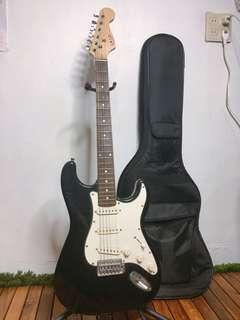 電吉他 附架子、袋子