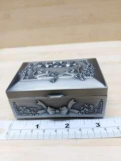 三乘二吋 銅精巧 首飾箱可擺放其他小物件