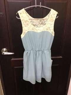 🚚 蕾絲氣質洋裝👗