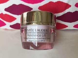 ESTEE LAUDER, Resilience Lift creme, SPF15
