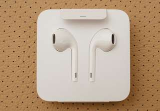 Authentic Iphone Earpiece (new)