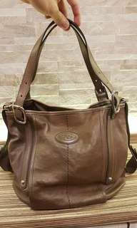 AUTHENTIC TODS LARGE LEATHER TOTE WITH STRAP