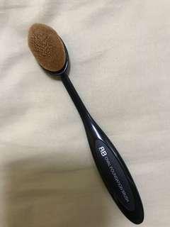 Used oval foundation brush